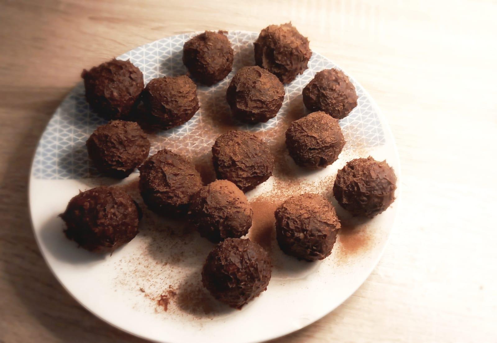 GO CAMP RECIPE: Gluten-free Chocolate Camping Snacks